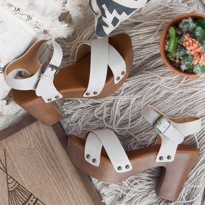 ELLA🌵 strappy clog heel wood vegan leather beige